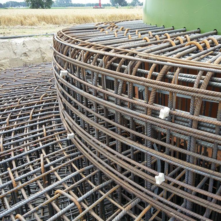 staal vlechtwerk fundering windpark Kilwind